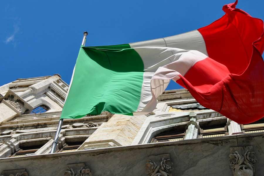 Pa Pubblica Amministrazione E Parlamento Italiano