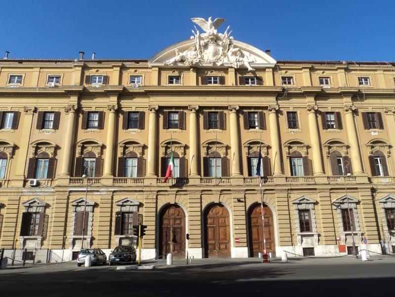 Ministero Delle Finanze, Palazzo Storico.